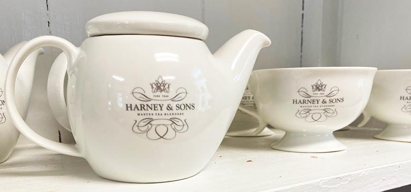Harney & Sons teapot and teacups