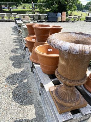 Campania pottery detail 2