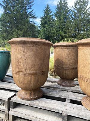Campania pottery detail 3